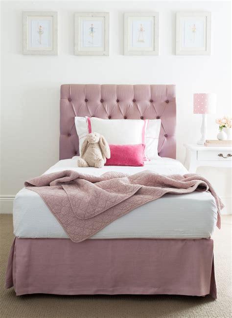 simple minimalist girl bedroom  latest decoration ideas