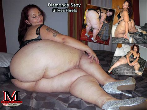 Sexy Pear Shaped Diamond Modeling 14 Years