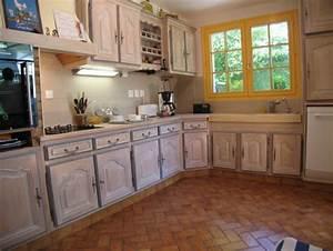 une cuisine integree relookee par une ceruse atelier de With repeindre un escalier en blanc 12 meuble cuisine bois gris le bois chez vous
