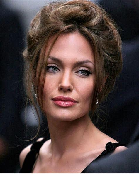Angelina Jolie | Angelina jolie makeup, Beauty, Angelina jolie