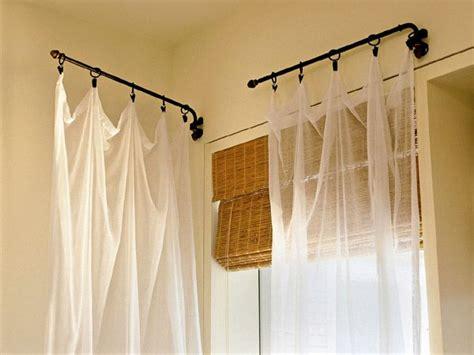 Swing Arm Drapery Rod by Best 25 Swing Arm Curtain Rods Ideas On