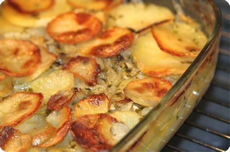 cuisine patate douce pommes de terre au four aux oignons ultra fondants la