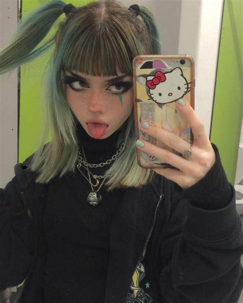 Hello Kitty Cute Goth Girl Alternative Makeup