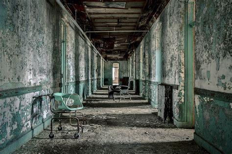 abandoned asylums  matt van der velde eerie