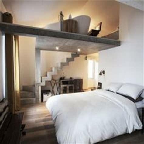 Faire L Amour Dans Baignoire by 1000 Ideas About Mezzanine Bedroom On Pinterest Attic