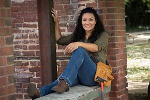 10 Things to Know About Egypt Sherrod HGTV's Decorating
