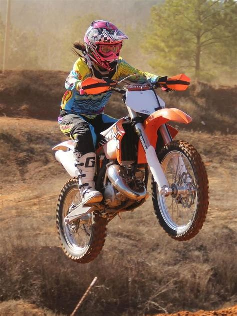 racing motocross bikes girls racing dirt bikes www pixshark com images