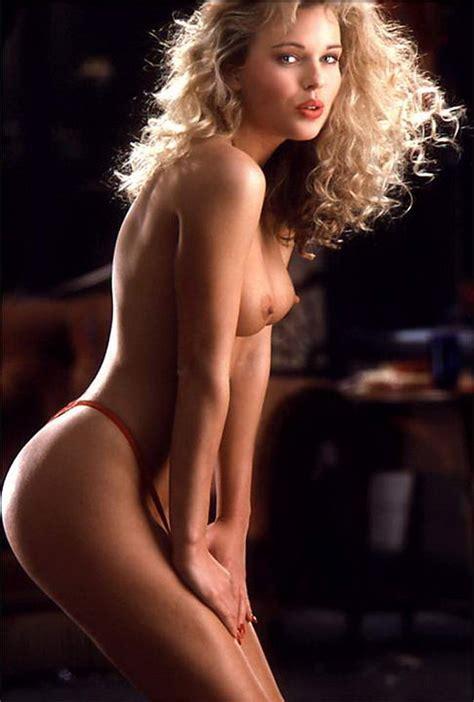 Miss July 1991 Wendy Kaye Pichunter