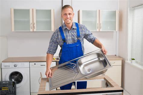installer evier cuisine installer un évier de cuisine facilement