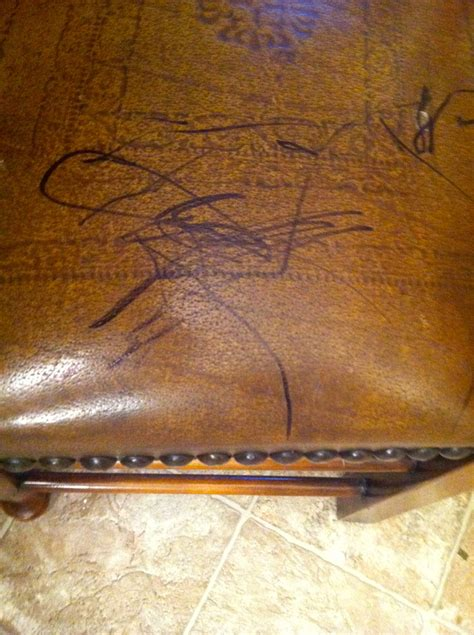 Remove Pen From Leather Sofa by Remove Permanent Marker From Leather Furniture