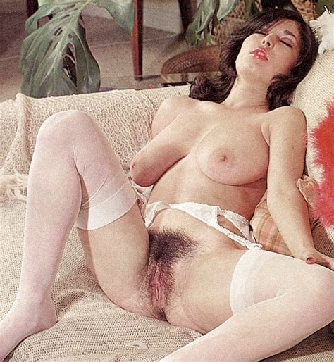 Retro Perversium Vintage Hairy Pussy