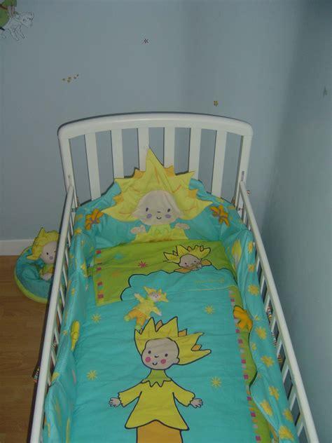 chambre petit prince tour de lit k roumanoff la chambre et deco petit prince
