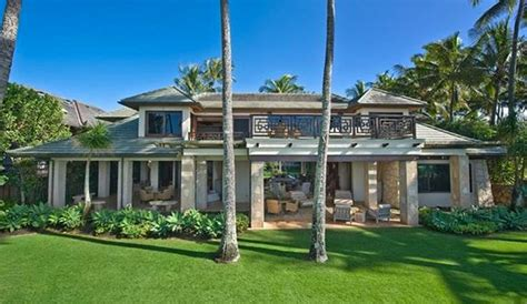 14 Images Of Kelly Slater's New Haleiwa Digs  The Inertia