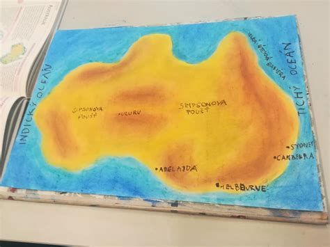 Mapa kontinentu - suchý pastel