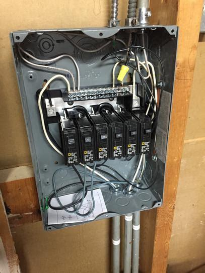 square  homeline  amp  space  circuit indoor
