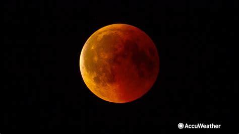 astronomical    expect super total lunar eclipse august blue moon abc
