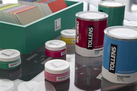 simulateur peinture chambre couleurs pantone les nuanciers couleurs peinture tollens