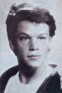 High School Yearbook Photos Of Famous People 63 Pics
