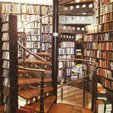 17 Pretty Pictures Of Books That Will Delight Your Inner ...