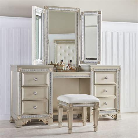 Womens Makeup Vanity - makeup vanity tables functional but fashionable furniture