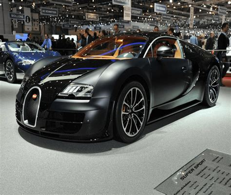 The fastest version of the bugatti veyron, the super sport, already holds the land speed record for a production car with its top speed of 268 mph, but bugatti looks set to smash its own record. 5 Fastest Cars in the World, more than you can imagine.   WiralStory