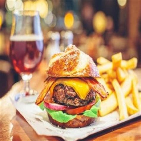 join  happy hour  burger bar  mandalay bay  las