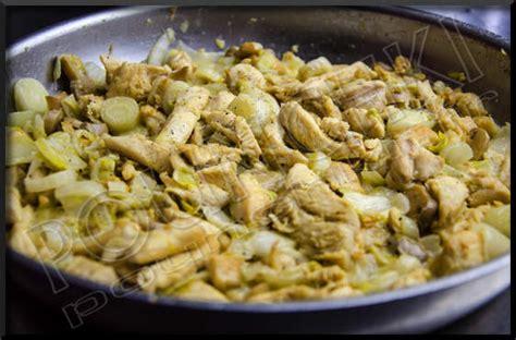 cuisiner endives poêlée d endives au poulet et chignons blogs de cuisine