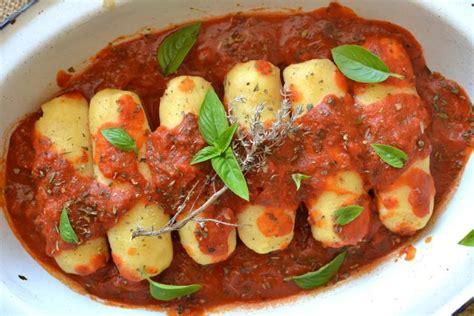 quenelles de semoule de bl 233 224 la sauce tomate saveurs proven 231 ales paperblog