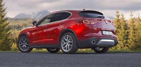 Prvá Jazda Alfa Romeo Stelvio Kladie Dôraz Na Emócie Za