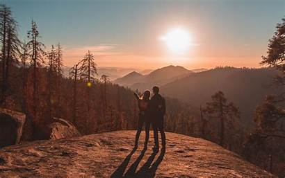 Travel Couple Mountains Sunset Sequoia National Park