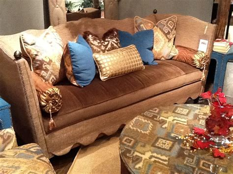 everybody raymond living room raymond waites furnishings home decor furniture sofa