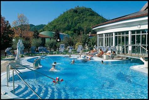 Hotel Petrarca Ingresso Giornaliero by Hotel Montegrotto Terme