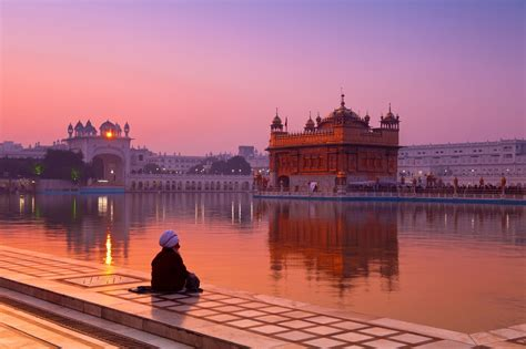 indias golden temple  amritsar travel guide