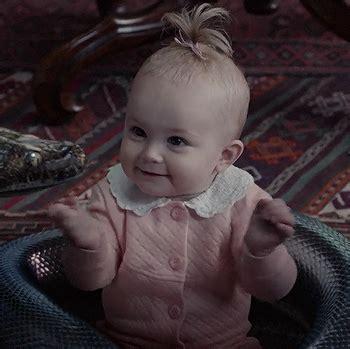 presley smith baby presley smith who plays baby sunny baudelaire in netflix