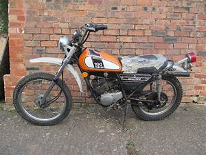 1974 Yamaha Dt175