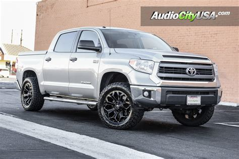 Wheels For Toyota Tundra by 2016 Toyota Tundra 20 Quot Fuel Wheels Assault D576 Gloss