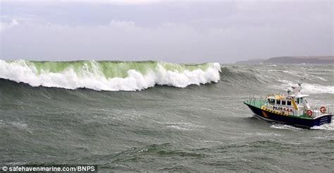 Boat Seat Pedestal Bcf by Wave