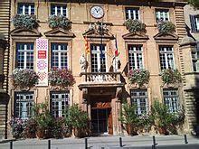 salon de provence wikipedia
