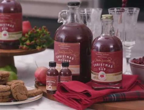 Trisha yearwood's blueberry pancakes are the perfect blueberry pancake to make for breakfast cookie desserts cookie recipes dessert recipes fruit recipes yummy recipes recipies holiday baking christmas baking food network trisha. Trisha Yearwood's Christmas in a Cup | Cocktail Kit ...