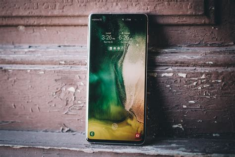 samsung galaxy s10 review roundup a fast flagship with a