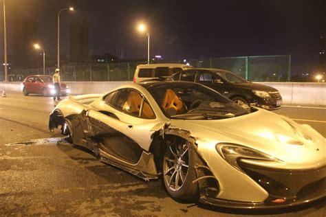 mclaren p1 crash test 2m hyper car crashes in east china chinadaily com cnm