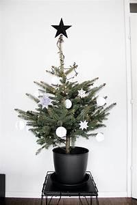 Oh What A Room : unser weihnachtsbaum in schwarz wei meine liebsten x mas diys und mehr oh what a room ~ Markanthonyermac.com Haus und Dekorationen
