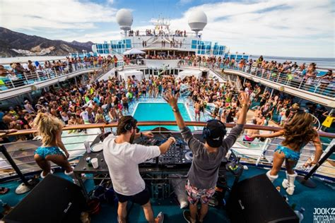 Freedom Boat Club Cost Ct by Groove Cruise La And Drai S Beachclub Team Up For The