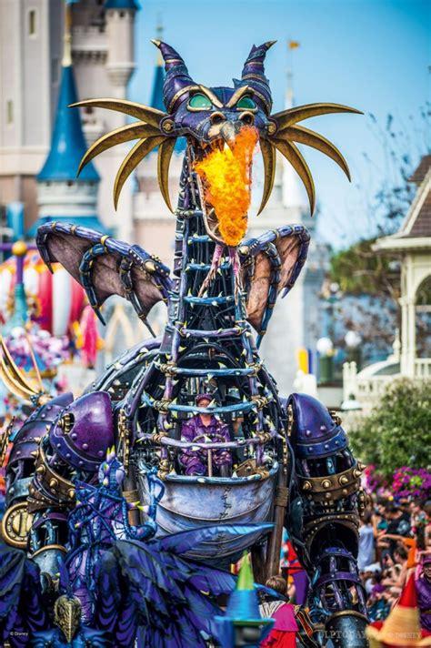 Альбом malefique lenormand — оракул ленорман и карты таро — 13 фотографий. La Parade pour les 25 ans de Disneyland Paris : les ...