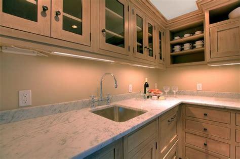 cuisine taille taille de plan de travail cuisine artazum 46023