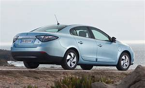 Renault Fluence : renault fluence saloon review 2012 2013 parkers ~ Gottalentnigeria.com Avis de Voitures