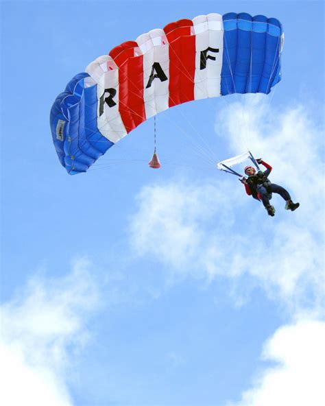 File:A parachutist from the Royal Air Force's Falcons ...