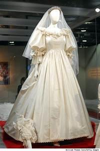 26 best images about Princess Diana dresses on Pinterest ...