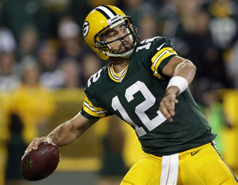 sunday night wrap  aaron rodgers leads packers