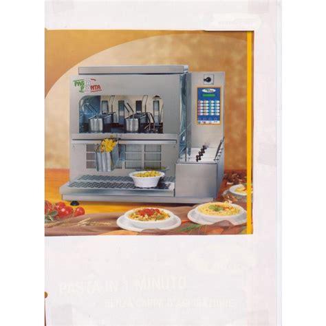 nettoyage de hotte de cuisine de restaurant cuiseur à pâtes modèle pasta pronta rismat matériel